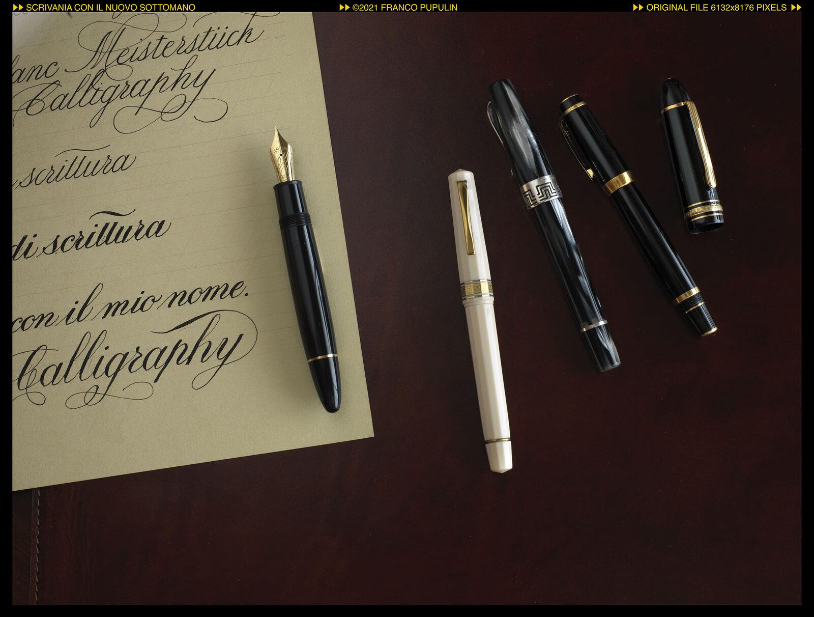 Scrivania con il nuovo sottomano (7) ©FP.jpg