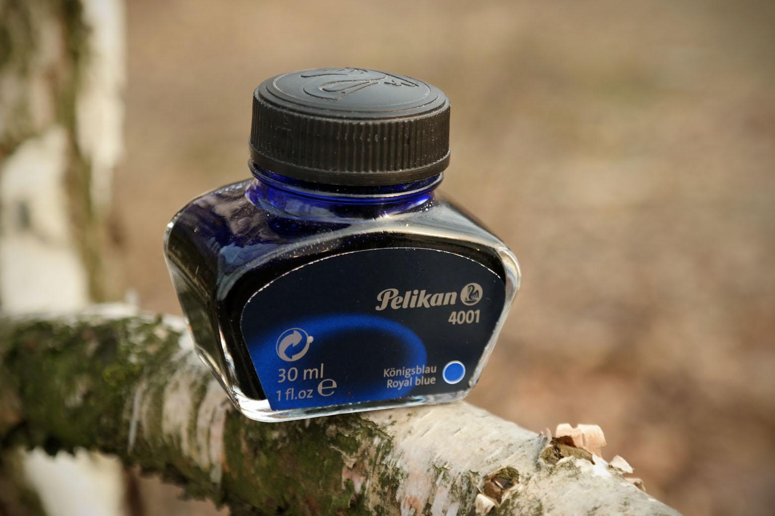 fpn_1457505142__royalblue_pelikan_bottle