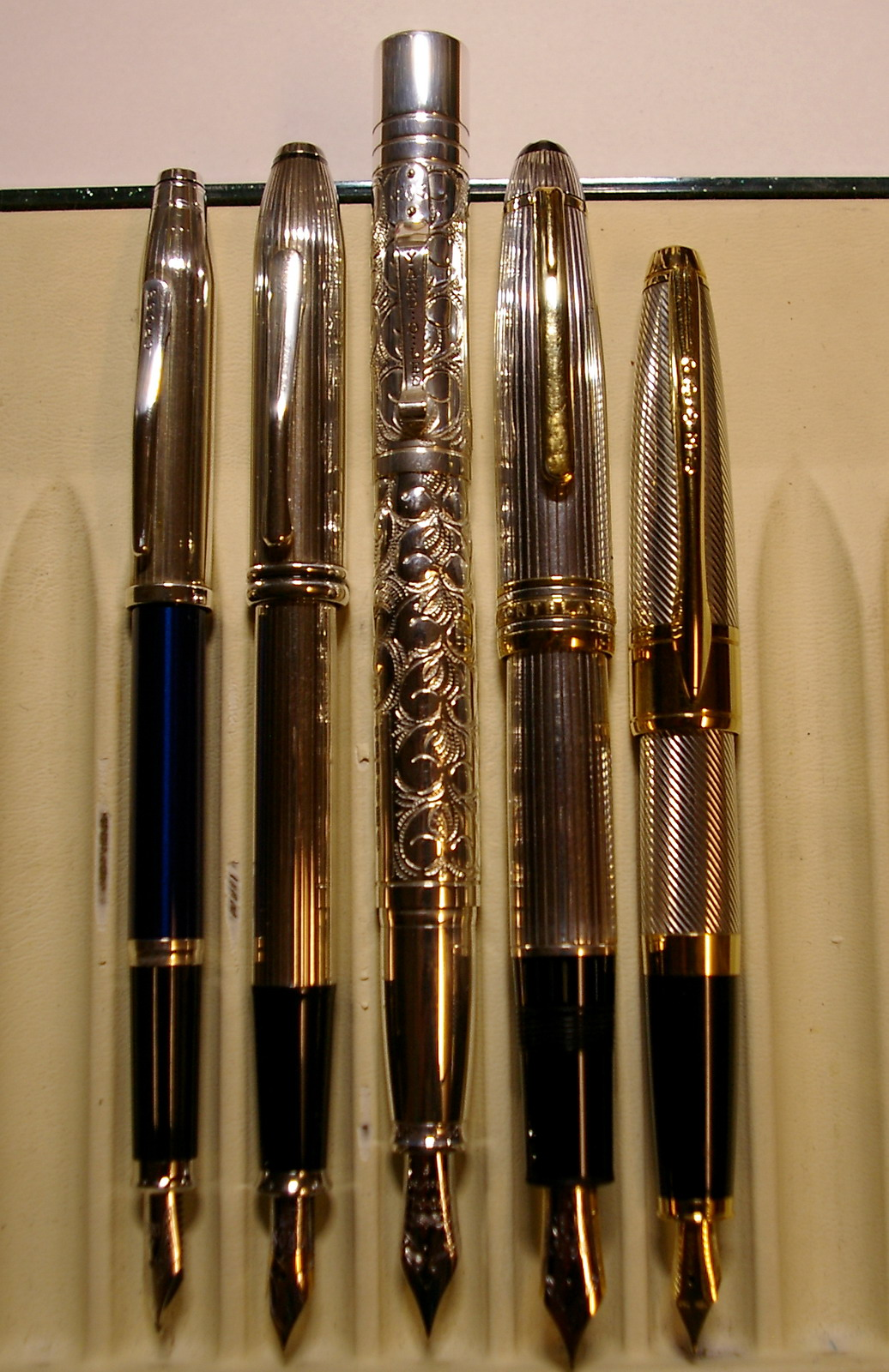 fpn_1496008058__silver_pens_2.jpg