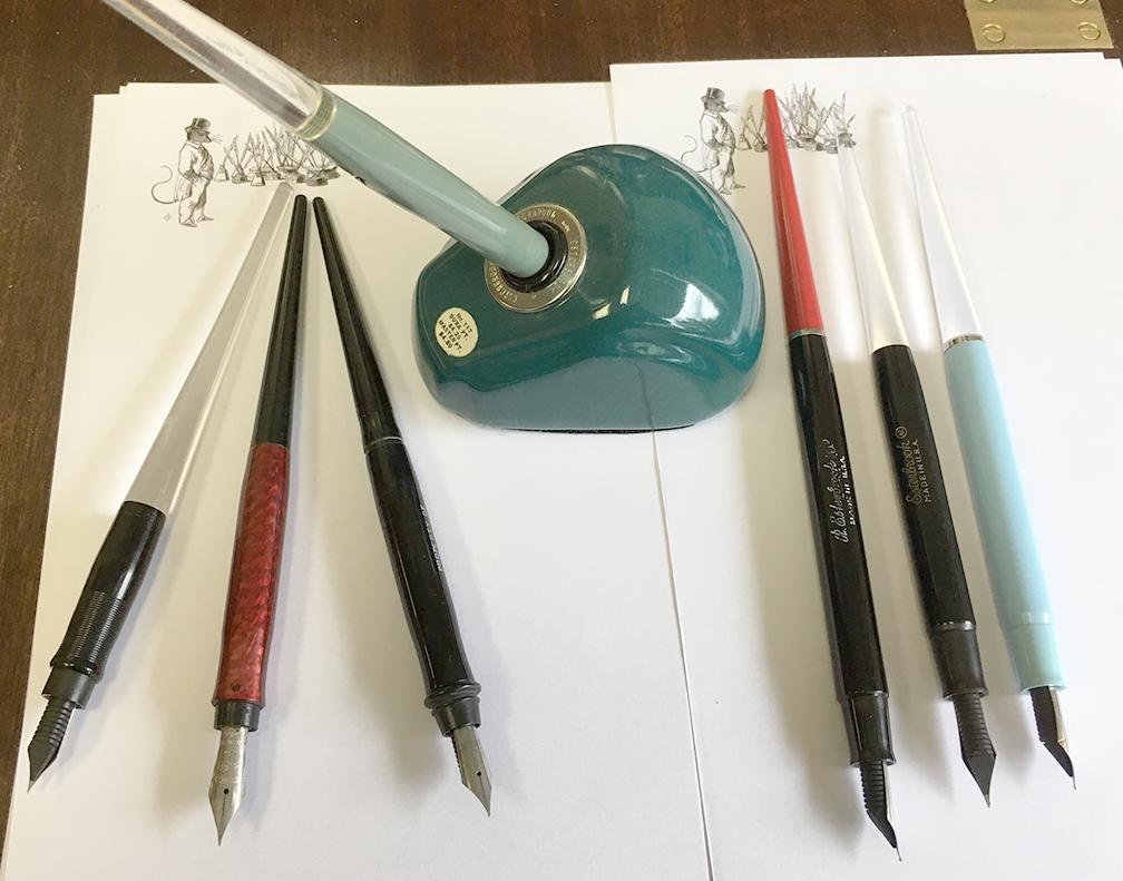 fpn_1504199445__desk_pens.jpg