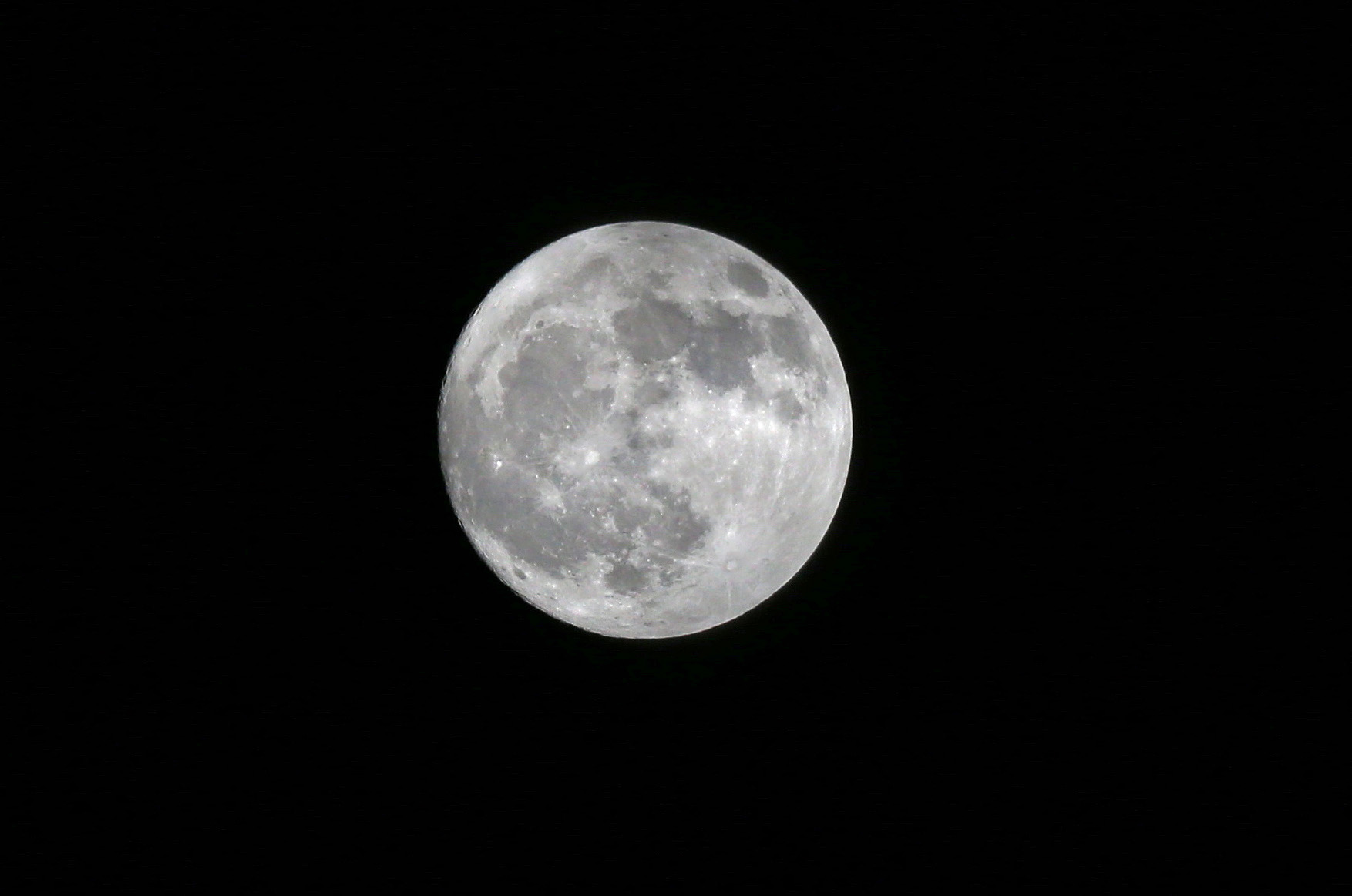 fpn_1509849139__2_birthday_moon.jpg
