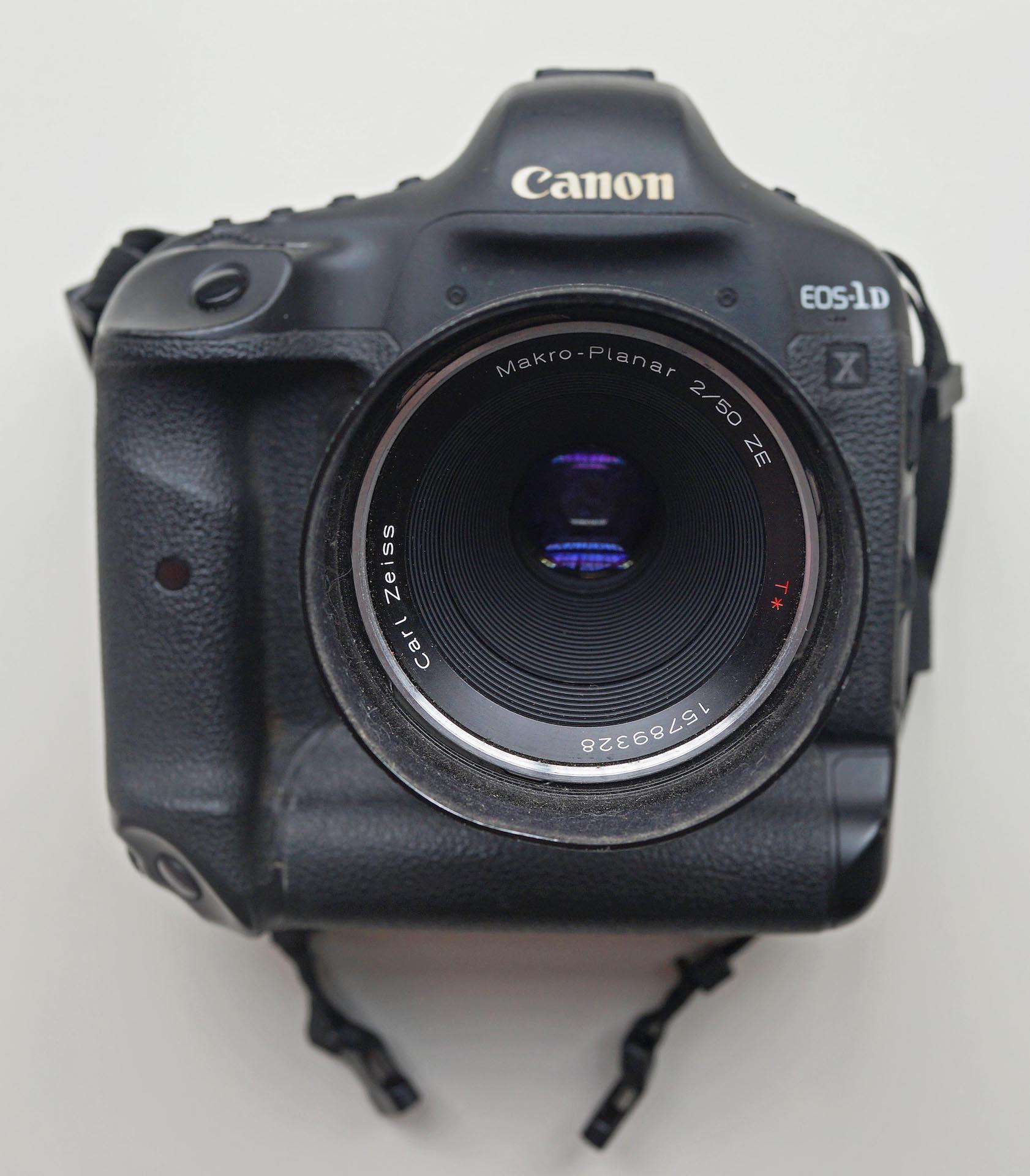 fpn_1570170513__camera_gear.jpg