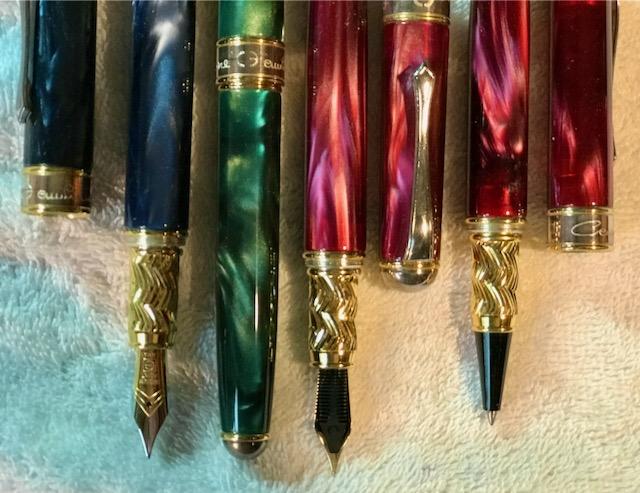 CE Mundi 4 Pens - 2.jpeg