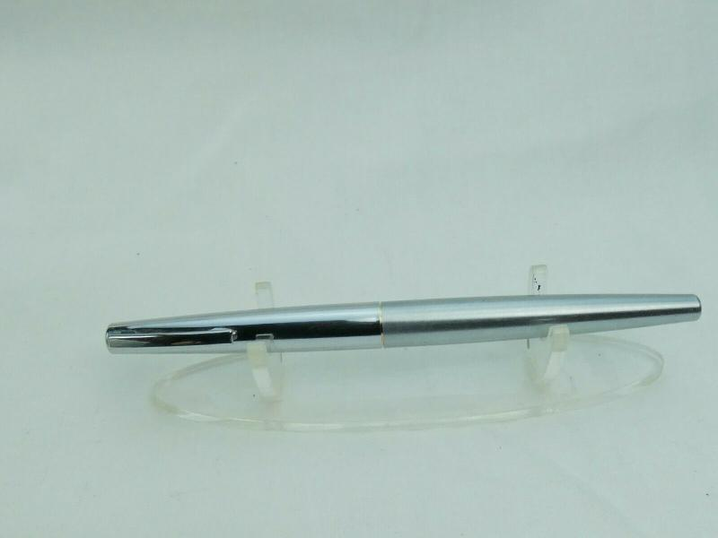 Sheaffer-Fountain-Pen-Good-working-order-Nice-nib-Wrong-cap-Ref-17P__2.jpg