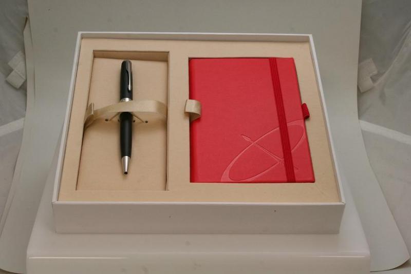 pkr_1905302 Sonnet BP, notebook set 1.JPG