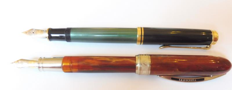 Visconti and Pelikan M800 side by side 2.jpg