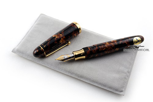Visconti-Royal-Brown-Web-3.jpg
