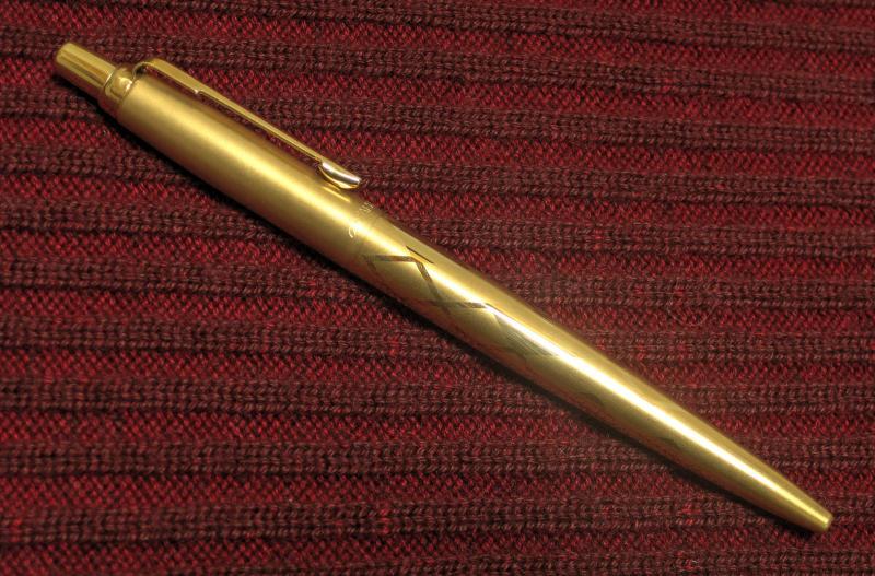 P Jotter Gold 1 1.jpg
