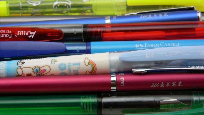 student-pens-justwrite-com-au.jpg