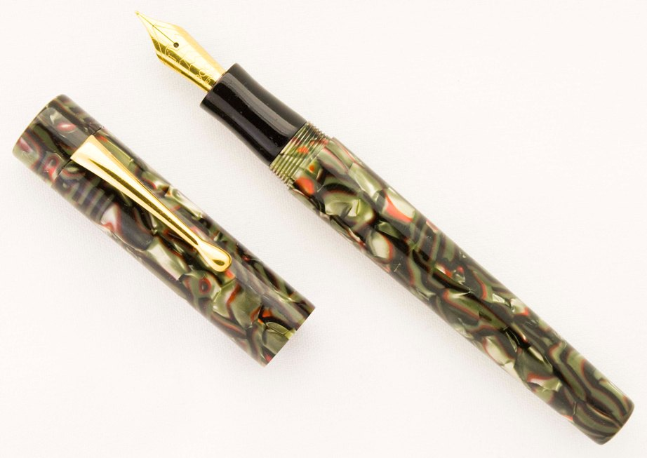 Custom Serpentine Cebloplast Fountain Pen_1a.jpg