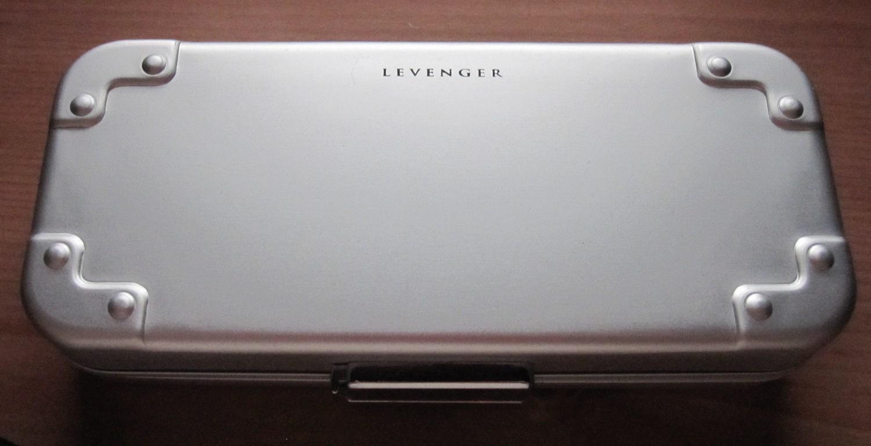 Levenger600SetCase.JPG