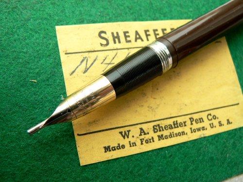 a1606c8fca4a412cmed pen.jpg